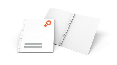 Presentation folders with filing holes